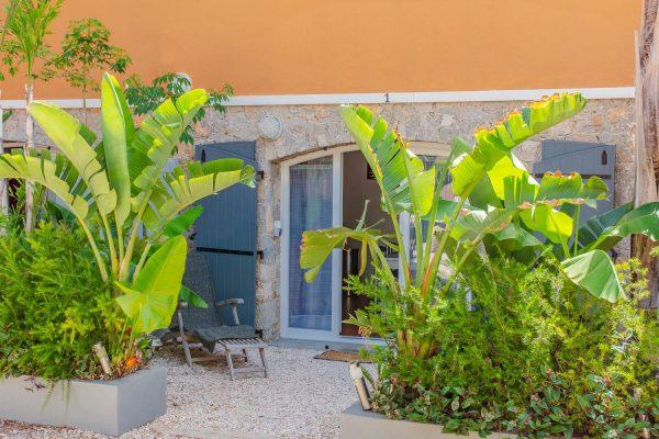 Location appartement giens hyeres raietea exterieur